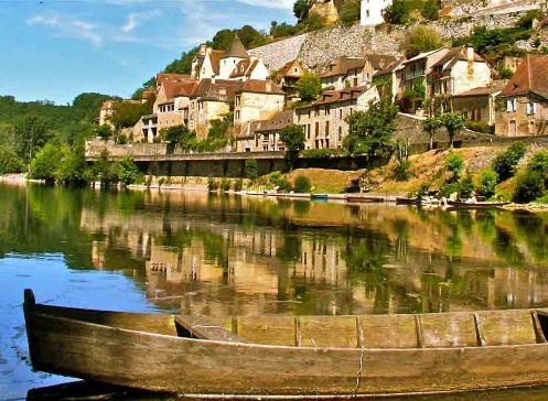 Vacances en Dordogne : pourquoi opter pour un chalet comme hébergement ?