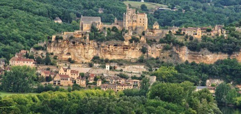 Camping à Sarlat : faites un saut dans le Moyen-Age en Dordogne
