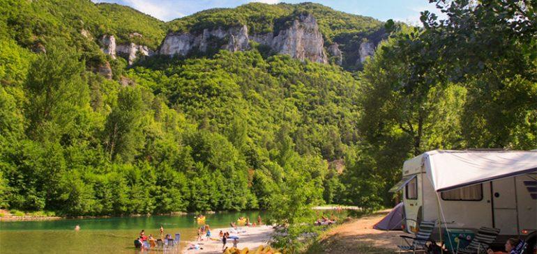 Découvrez le top 3 des campings 4 étoiles dans les Gorges du Tarn